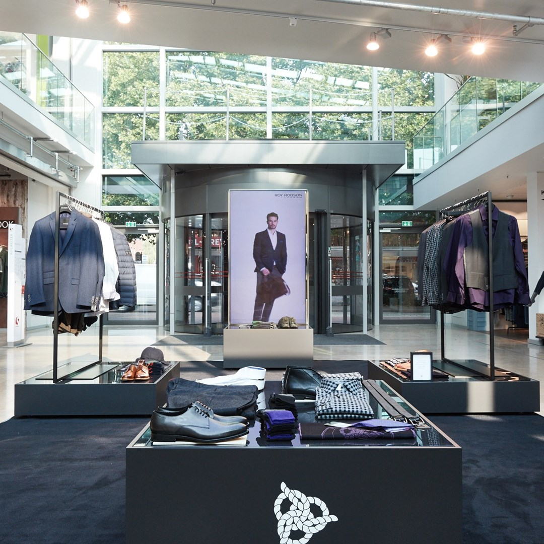 ROY ROBSON pop-up store